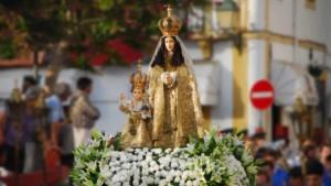 Procissão em Honra de Nossa Senhora do Castelo